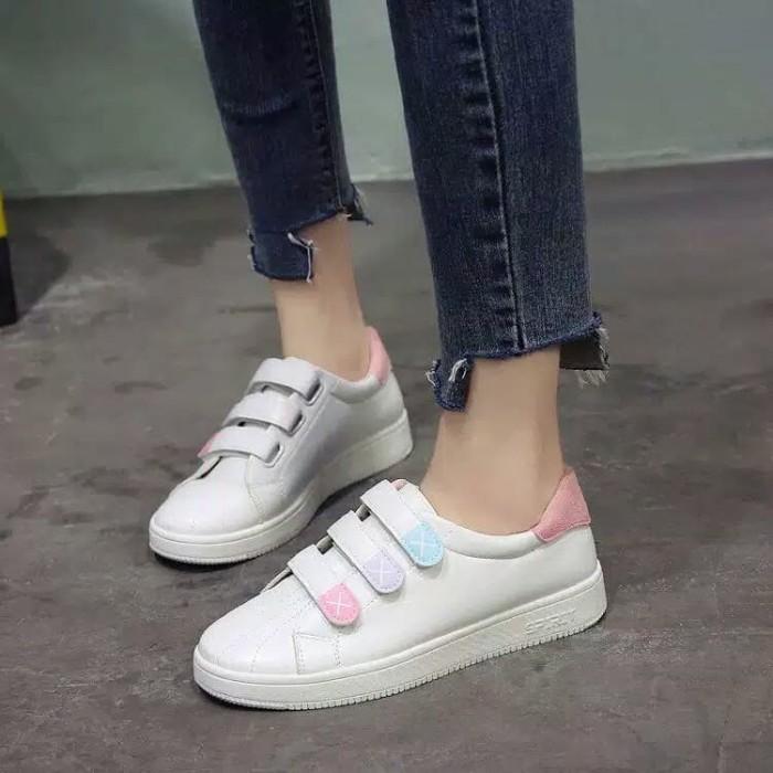 Jual Best Seller Sneakers Tanpa Tali Wanita Cantik Sneakers