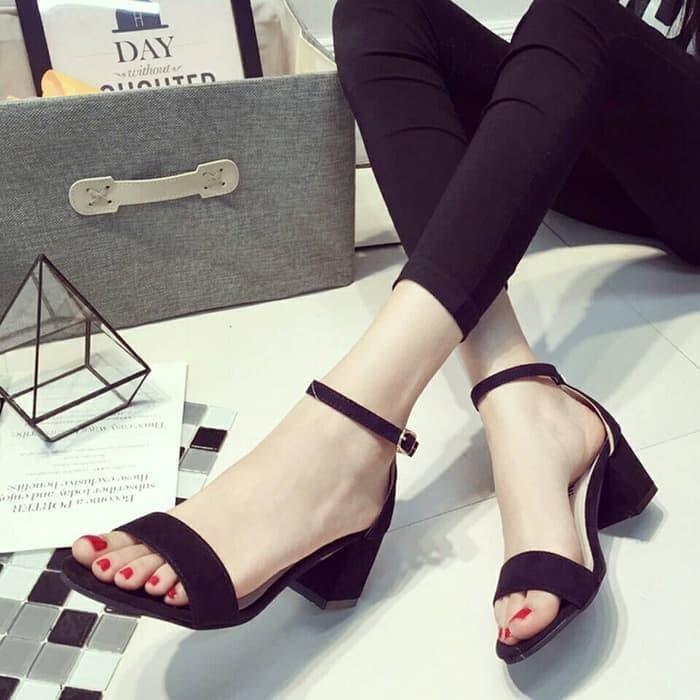 Jual sepatu wanita ala korea HIGHHEELS HAK TAHU T13 HITAM - Latonia ... 9e8a263c01