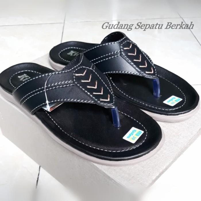 Foto Produk Sandal Pria Selop Jepit Kickers Slop Flat Casual Murah - Hitam, 39 dari gudang sepatu berkah