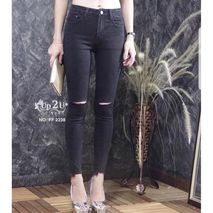 celana pendek Celana Ripped Jeans Up 2 U Wanita Hitam Sobek Lutut