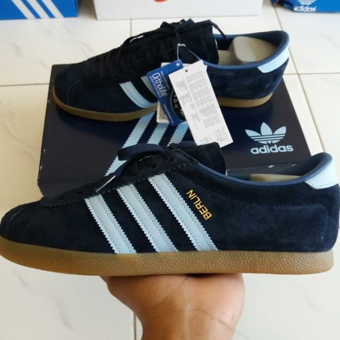 authorized site fashion style look good shoes sale Jual Adidas Berlin - Kota Denpasar - 3StripCasual | Tokopedia