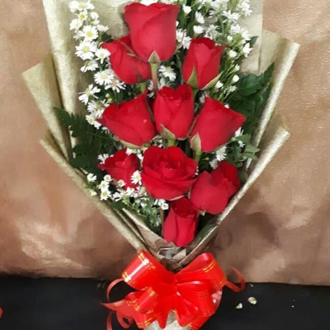 Jual Buket Bunga Mawar Merah Asli Hand Bouquet Bucket Wisuda Hadiah Jakarta Barat Nawraembul Tokopedia