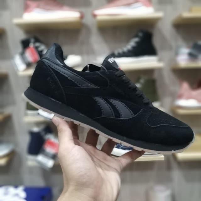 Reebok 40 43 Classic Quality StroreTokopedia Nick Suede Sepatu Black Gum Size Jual Import xBodeCWr