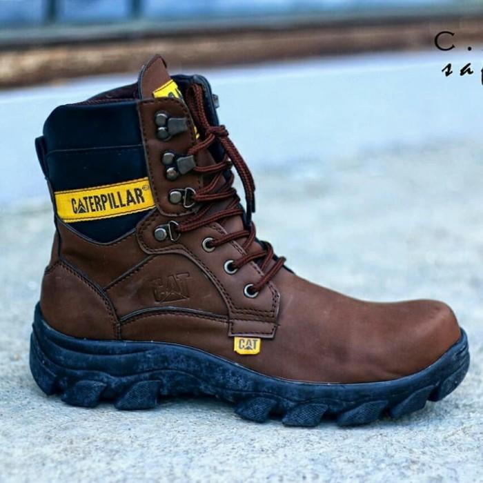 ... harga Sepatu boots caterpillar pajero safety ujung besi tracking  adventure Tokopedia.com a42c290fe6