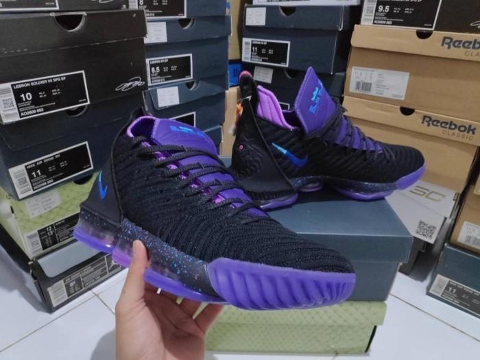 Jual Sepatu Basket Lebron 16 Flip The
