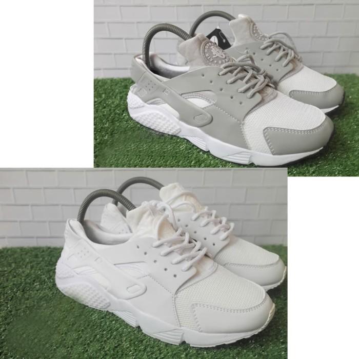 sepatu sneakers pria nike olahraga hype roshe run flyknit zoom terbaru.  Ulasan 854b7c766b