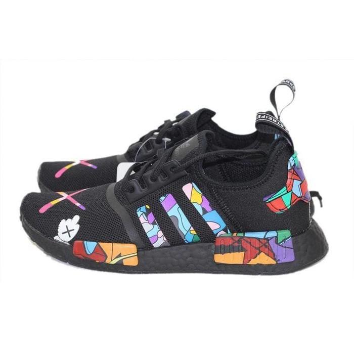 426245312 Jual Adidas NMD R1 x KAWS Black Cartoon Original Premium - DKI ...