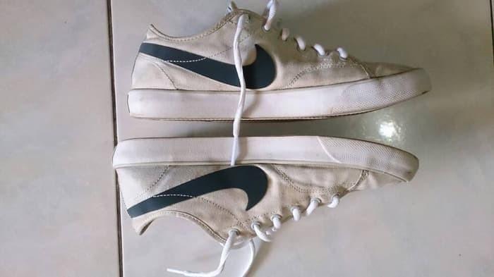 Jual Best Seller terjual sepatu nike canvas not puma fila saucony ... 88c0750d6f