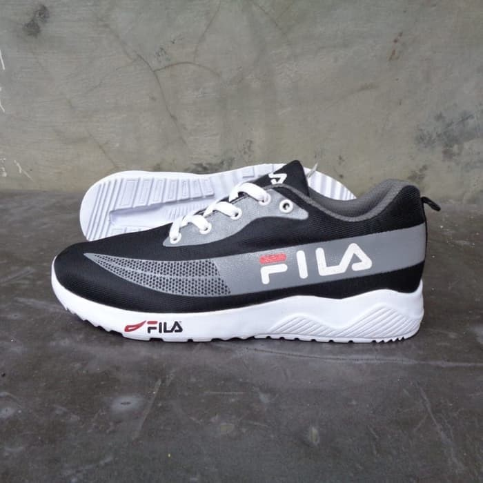 Jual Best Seller Promo Sepatu Fila Cowok Terbaru Kota Surabaya Fila Sepatu Tokopedia