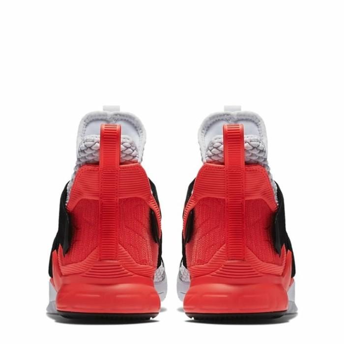 Jual Sepatu Basket NIKE LeBron James Soldier 12 AO4054 102 Murah ... 0577b444e7