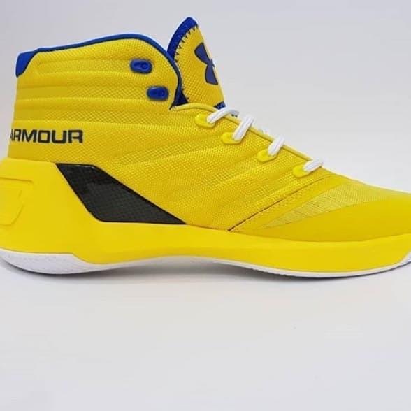 Jual Sepatu Basket 2019 Terbaru UNDER ARMOUR Curry 3.0 Kuning ... a4b319eb32
