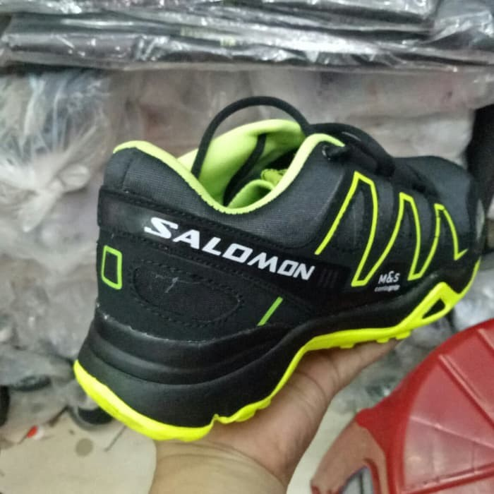 ... Informasi Harga Sepatu Sneakers Casual Running Hiking Adidas Salomon  Hitam HijauSpotharga.com c06757e65a