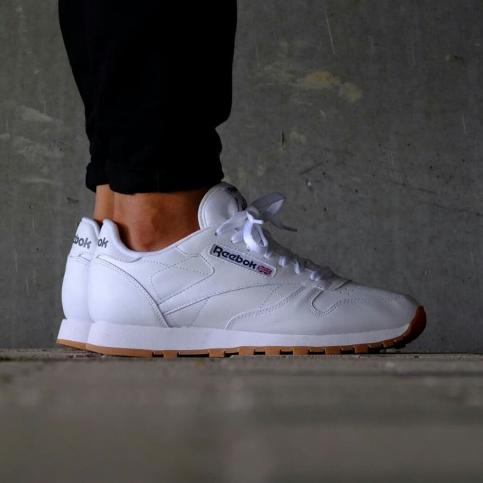 3f992e0e3e7289 Jual Sepatu reebok cl leather intense white gum classic original ...
