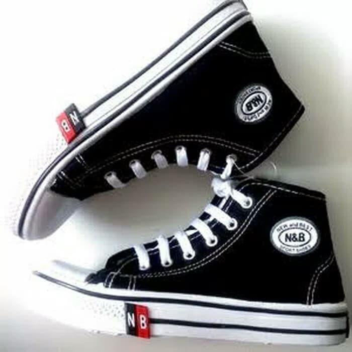 nouveau concept 5c0fa 32e98 Jual sepatu sekolah anak sd smp sma new basket NB hitam putih 36-43 - Kota  Bandung - dewistore01   Tokopedia