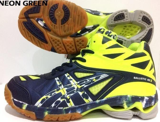 Di Jamin Sepatu Volley Professional Ballistic Md X   Voli Profesional fdc9546f99