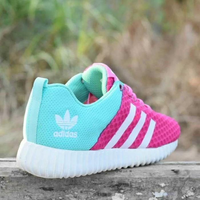 vast selection online for sale exquisite style Jual Sepatu Sport Adidas Yeezy Boost Pink [AYB-010] - Kota Tangerang -  Naufal_Shoes   Tokopedia