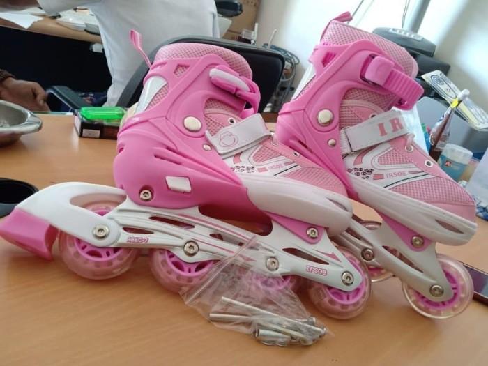 harga Sepatu roda inline skate ukuran s Tokopedia.com