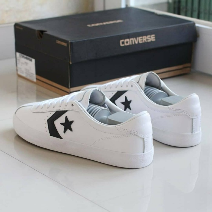 dce9056dd96 Jual Converse Breakpoint Ox Leather White Original BNIB Sale sepatu ...