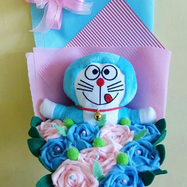 Jual Buket Bunga Boneka Doraemon Murah Blue Pink Kab Sumenep Buket Bunga Boneka Tokopedia