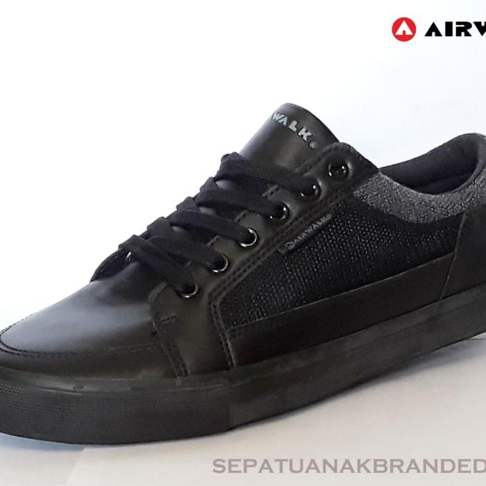 Jual sepatu sekolah sepatu hitam polos sepatu full hitam airwalk ... fcb80260ff