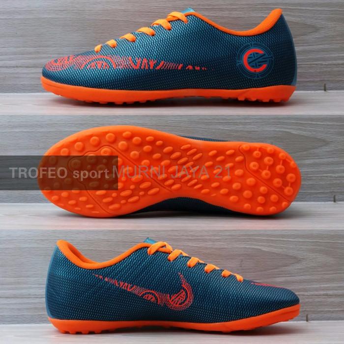 pretty nice 0463c 1bdcf Jual TERLAKU Sepatu futsal anak Nike CR7 boost bukan hypervenom magista -  DKI Jakarta - Murni jaya 21 | Tokopedia