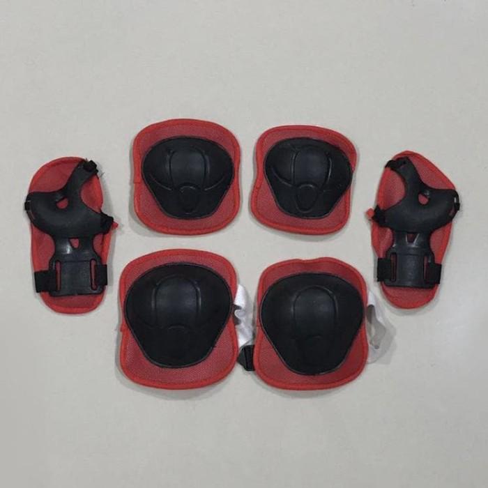 Jual (Murah!!) Deker Inline Skate   Pelindung Lutut Sikut Sepatu ... 3c5cac5013