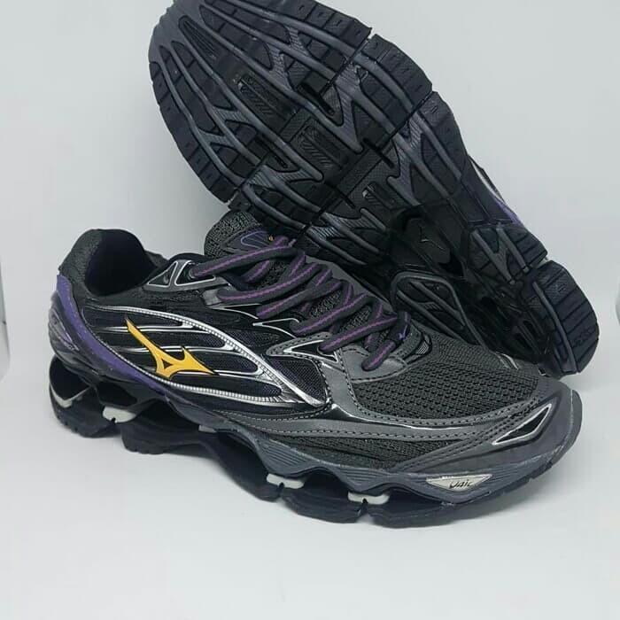 Sepatu voly mizuno prophecy black purple harga Sepatu voly mizuno prophecy  black purple Tokopedia.com 37577cc684