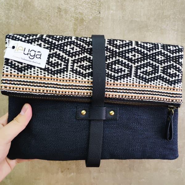 harga Pouch indhe / black ntt maumere pouch / dompet batik Tokopedia.com
