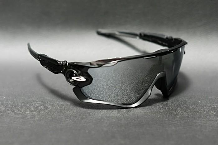 63ad516519 Jual Original kacamata Oakley Jawbreaker A polished black chrome ...