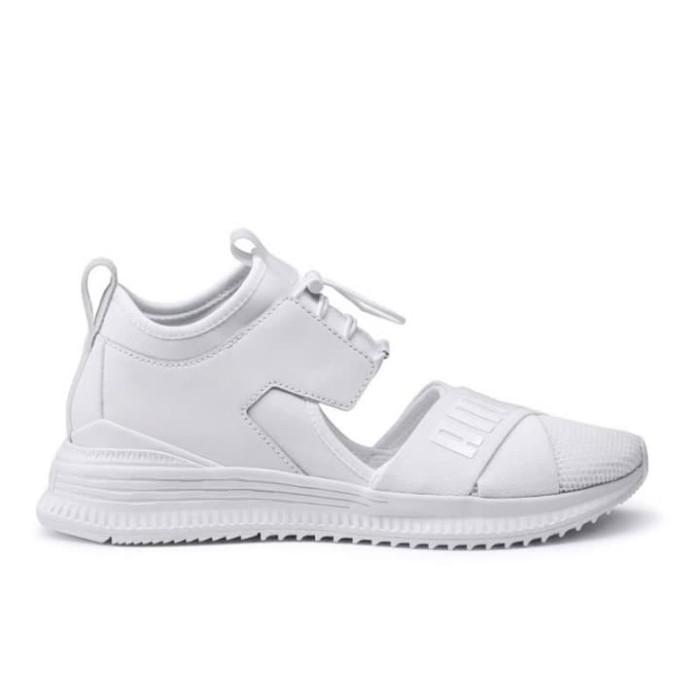 online retailer cd42e 66a4e Jual PUMA Fenty Avid Wns - White-Drizzle-White - Kab. Malang - Tina5 |  Tokopedia