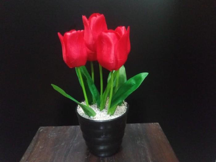 Bunga Tulip Artificial 008 - Merah
