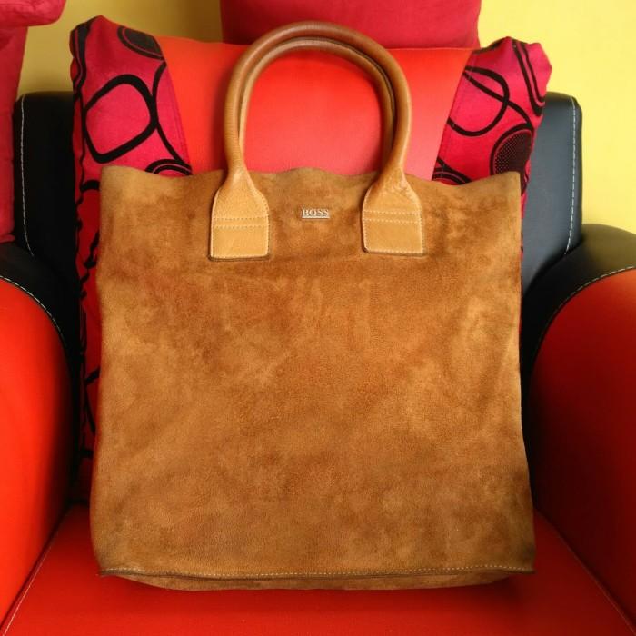 Tas Hugo Boss Authentic Genuine Leather Preloved Second Original