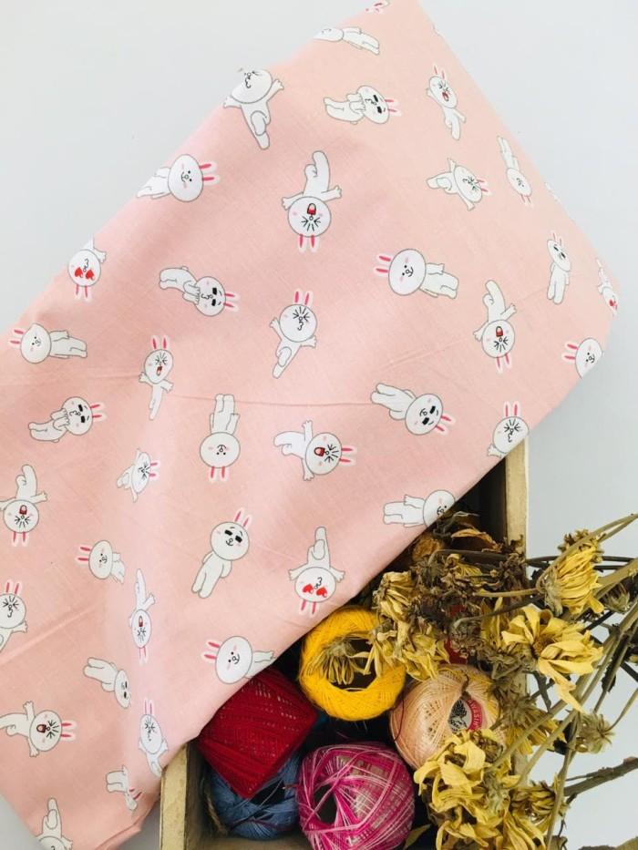 Foto Produk Kain Katun CATRA cvc motif Baby Pink Rabbit dari catra collections