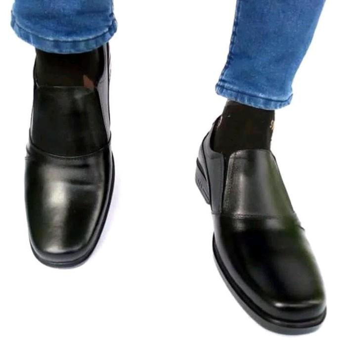 Sepatu Pantofel Pria Kulit Asli K 05 Big Size - Daftar Update Harga ... c659532fd4