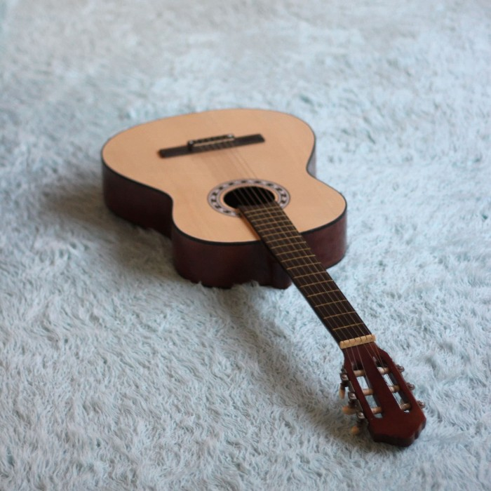 Katalog Gitar Klasik Bandung Travelbon.com
