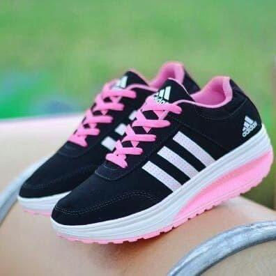new styles 5117e 43c12 Sepatu Sneakers Wanita Adidas ZX 900 Black   Pink