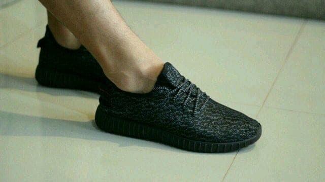 1dc57eea6acda ... harga Sepatu shoes casual pria adidas ezzy yzy full black new import  quality Tokopedia.