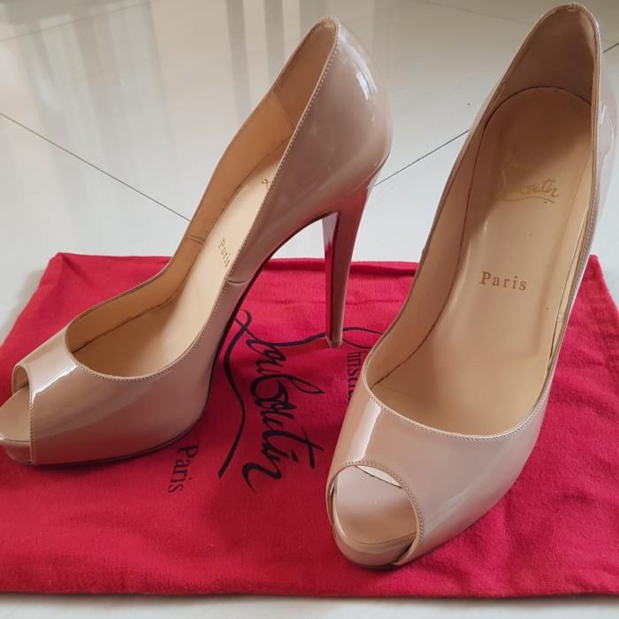 26739a877dd Jual Sepatu christian louboutin heels - , - Kab. Tangerang - Second branded  2 | Tokopedia