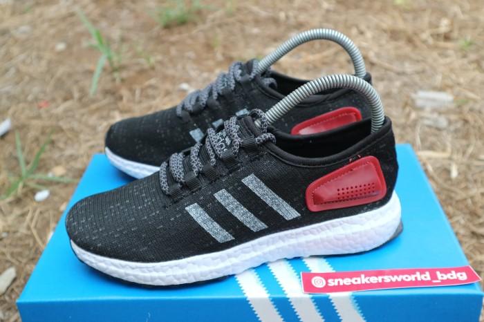 Grosir Sepatu Running Pria Casual Yeezy Boost Men - List Harga ... 5936ad7b2f