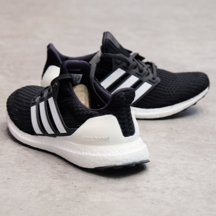 fcc919e9474c0 Jual Adidas Ultra Boost 4.0 SYS