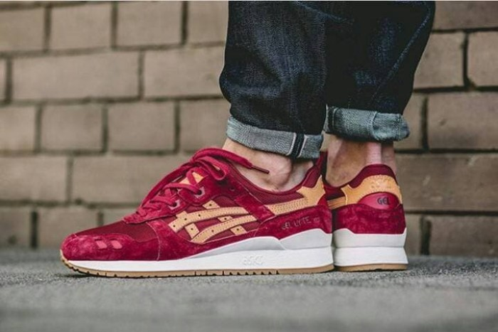 newest collection 1a50e 664b1 Jual Sepatu Sneakers Asics Gel Lyte III Red Volcano - Jakarta Selatan -  ridoshop9 | Tokopedia