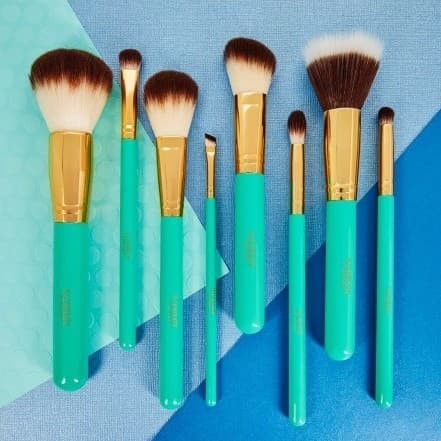 e1b3aab8ec2d Top 10 Punto Medio Noticias | Illuminate Cosmetics Brush Set