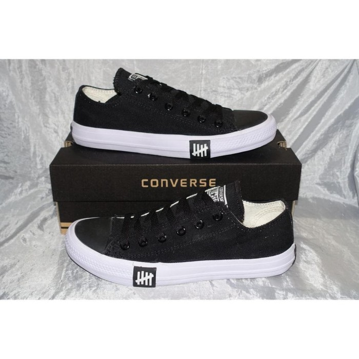 6d47a21641f6 Hot Promo Sepatu Sneakers Converse All Star Chuck Taylor X Undefeated