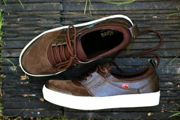 Jual Terfavorite sepatu sneakers murah kickers kulit pria vans nike ... 0a5363c06b