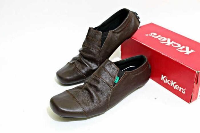 Jual Sepatu Casual Pria kickers Slop kulit coklat B22 D457 - Maju ... cb8112f470