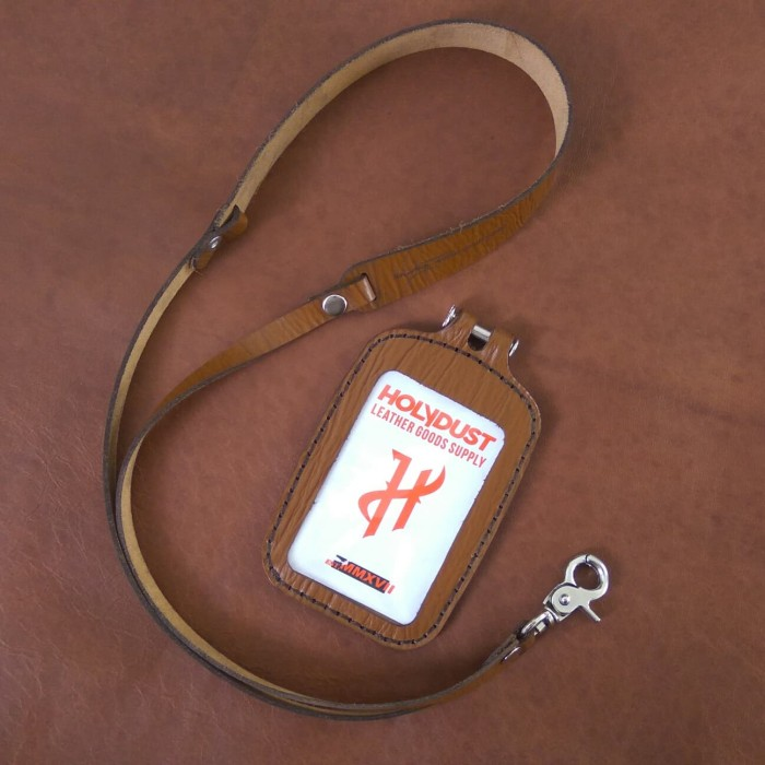 harga Id card holder kulit asli motif kayu name tag kulit premium quality Tokopedia.com