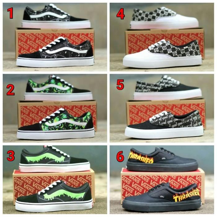 Sepatu Vans Motif Keren Sneakers - Daftar Harga Terlengkap Indonesia 25ab110ea5