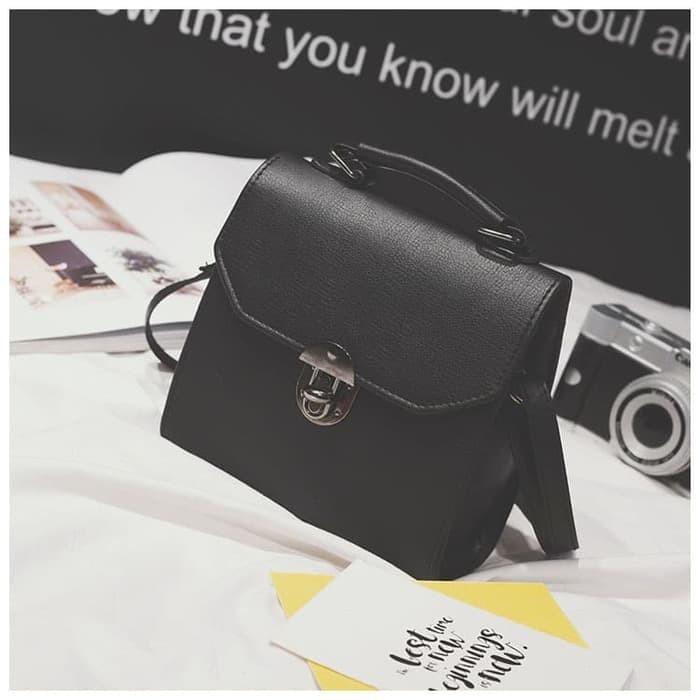 New tas selempang wanita sling bag cewek diagonal kulit simple bta383