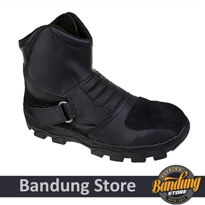 Jual Sepatu Safety Pria Catenzo - DM 118 - Cozmodo Fashion  ec78dc2ca2