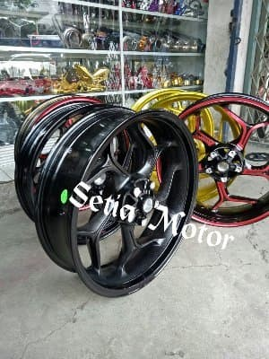 Velg Racing Tapak Lebar 300 x 450 Ring 17 Model Axio - Delkevic Moto
